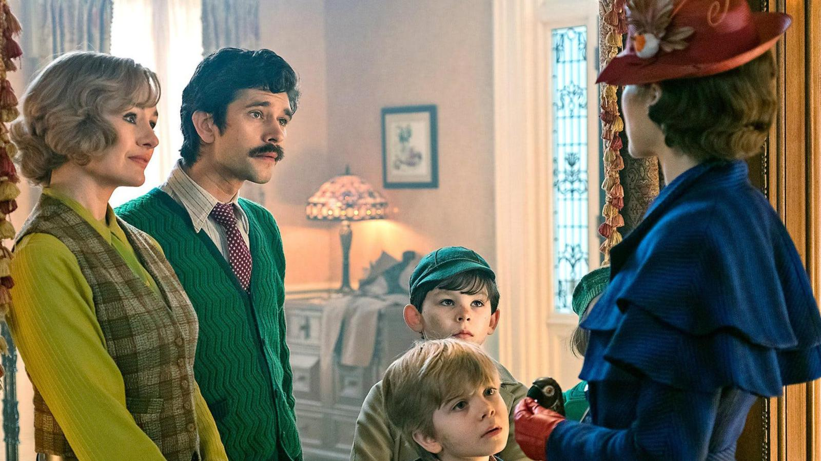 Mary Poppins Returns Reelviews Movie Reviews